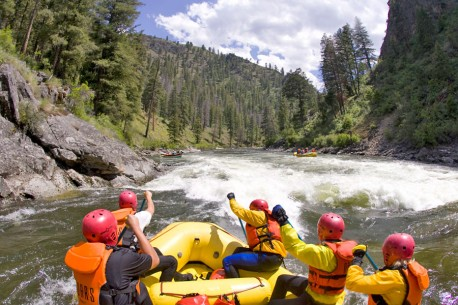 Paddle raft on the Middle Fork