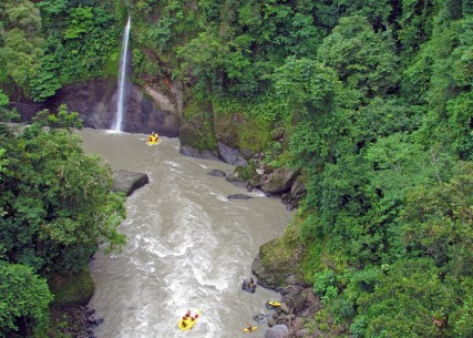 Rios Pacuare Whitewater Rafting in Costa Rica