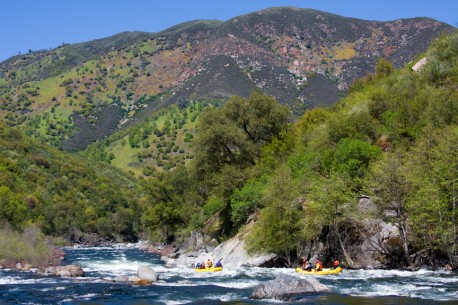Yosemite Rafting on the Tuolumne River