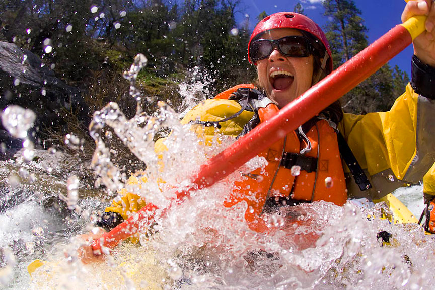 4 Reasons Women Make Better Paddlers Than Men