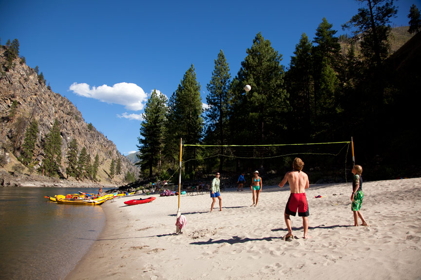 Whitewater rafting family vacation in Idaho