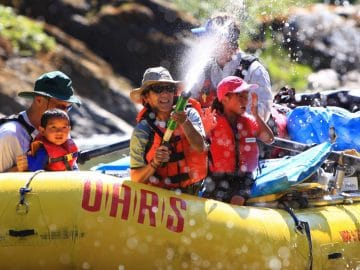 7 Things Everyone Should Bring on a Rafting Trip