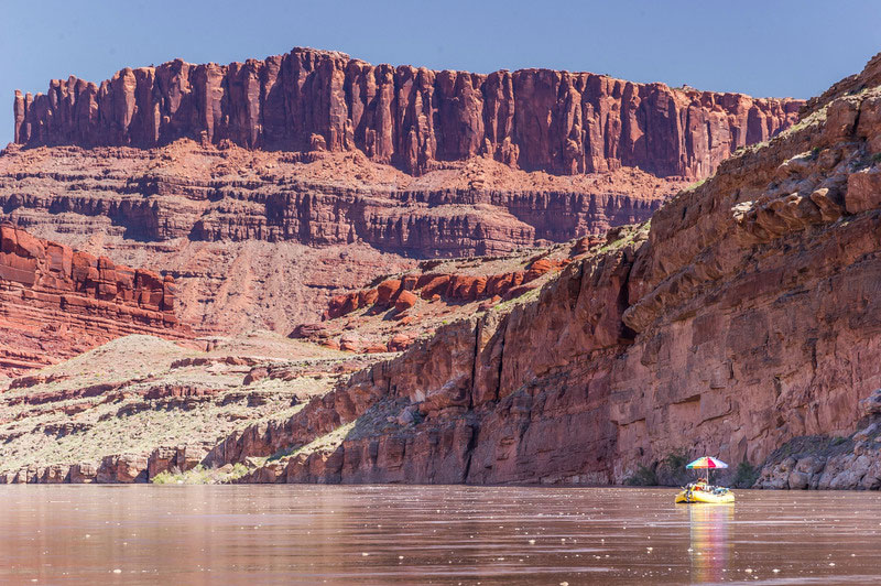 How to Beat the Heat on a Rafting Trip