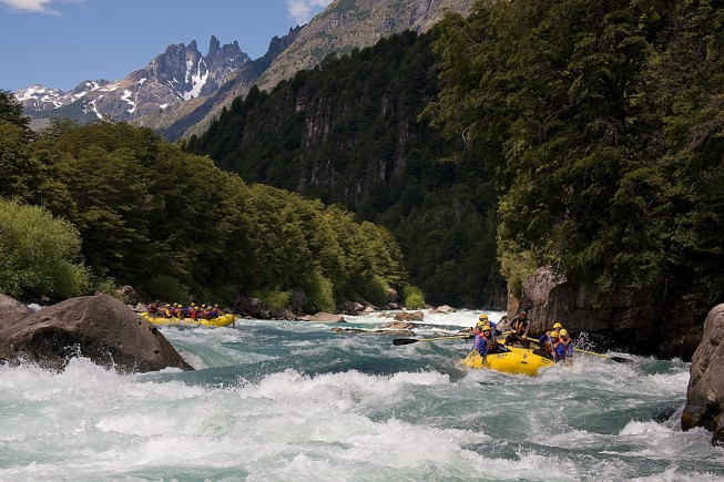 Big water rafting - Chile's Rio Futaleufu