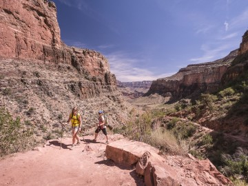 Grand Canyon Hiker | OARS.