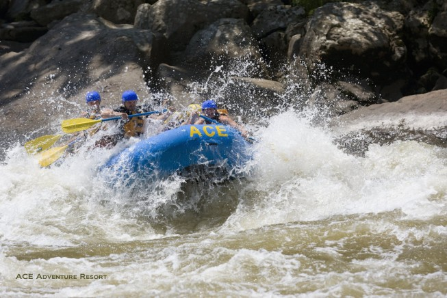 Where to find the best whitewater rafting 2015: New River