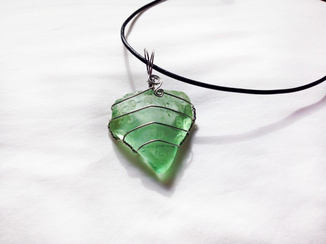 Gift Ideas: American Rivers glass pendants