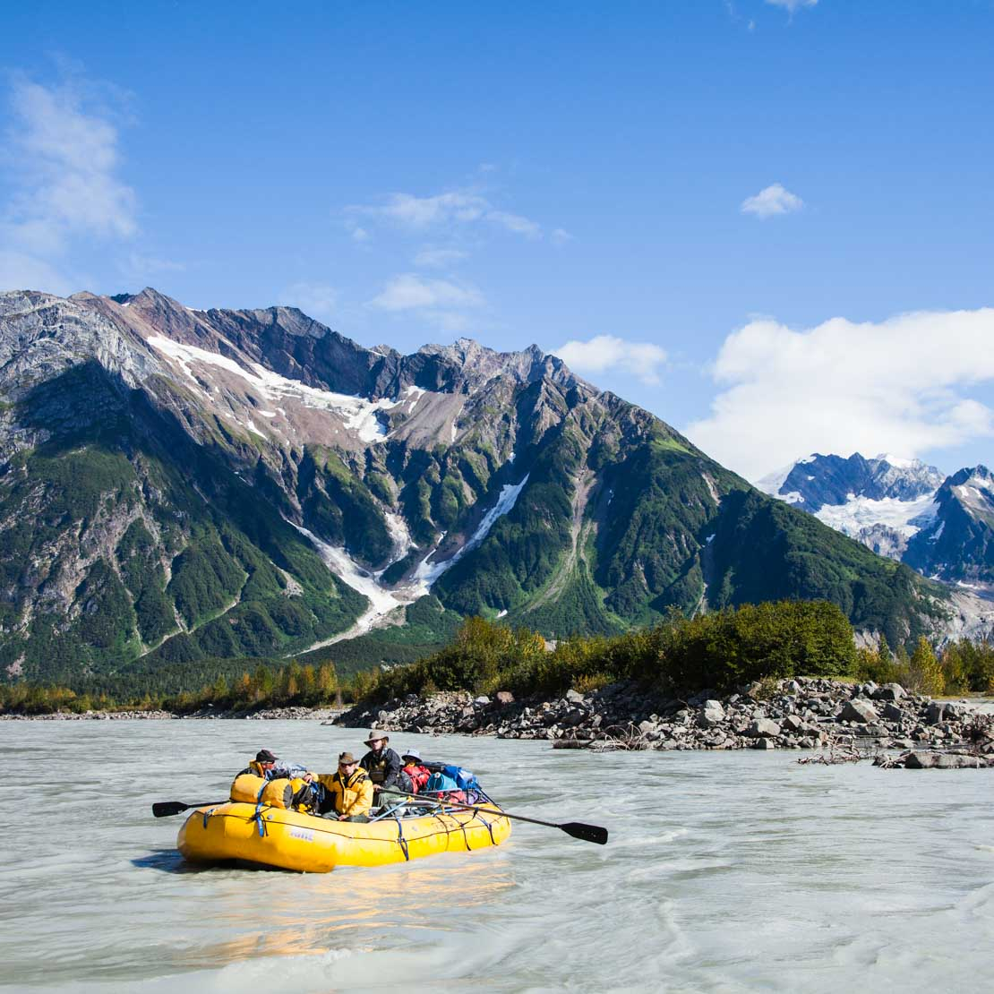 Alaska Rafting Mountains