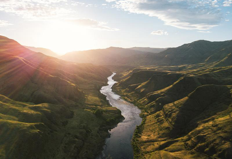 Portland to Lewiston Road Trip: Scenic Route to Hells Canyon & Lower Salmon River
