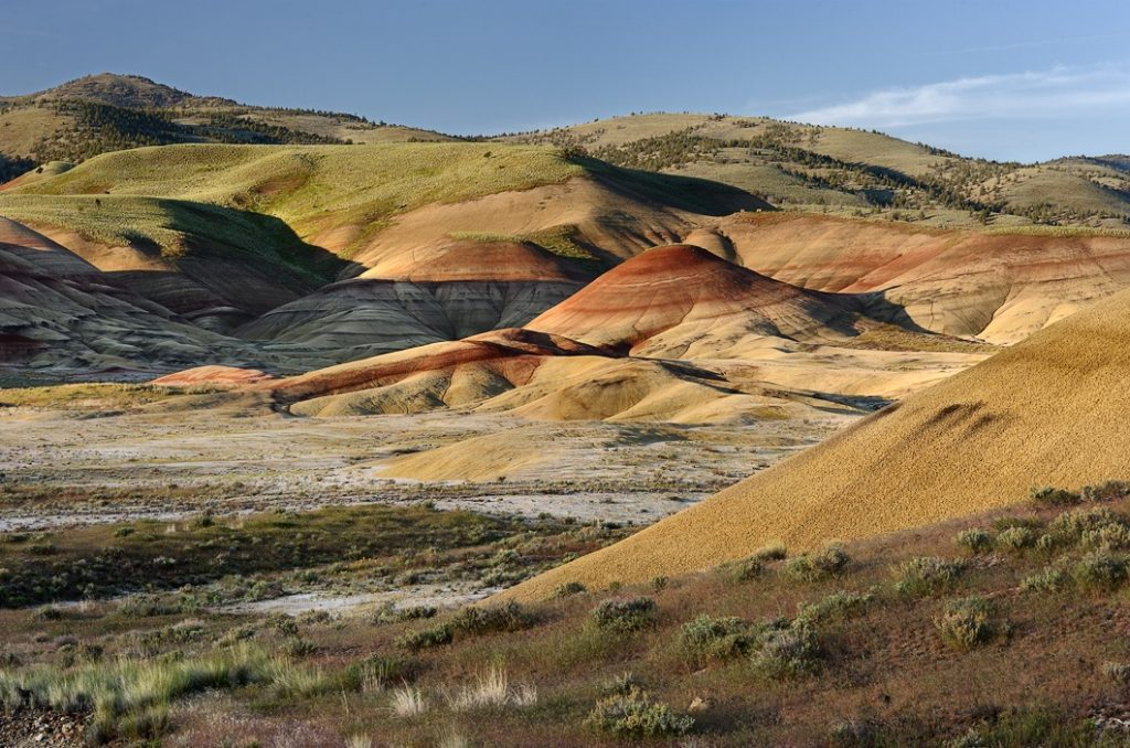 7 Cool Places to See the 2017 Total Solar Eclipse in the Wild | Painted Hills, Oregon