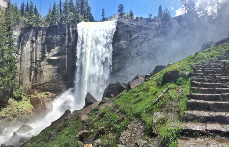 Make the Most of Your National Park Vacation with this Ultimate Yosemite Itinerary