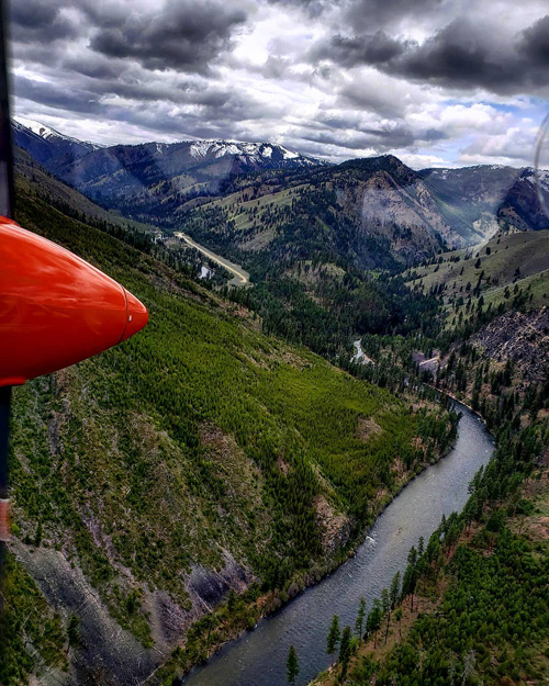 Flying to the Middle Fork of the Salmon River put-in