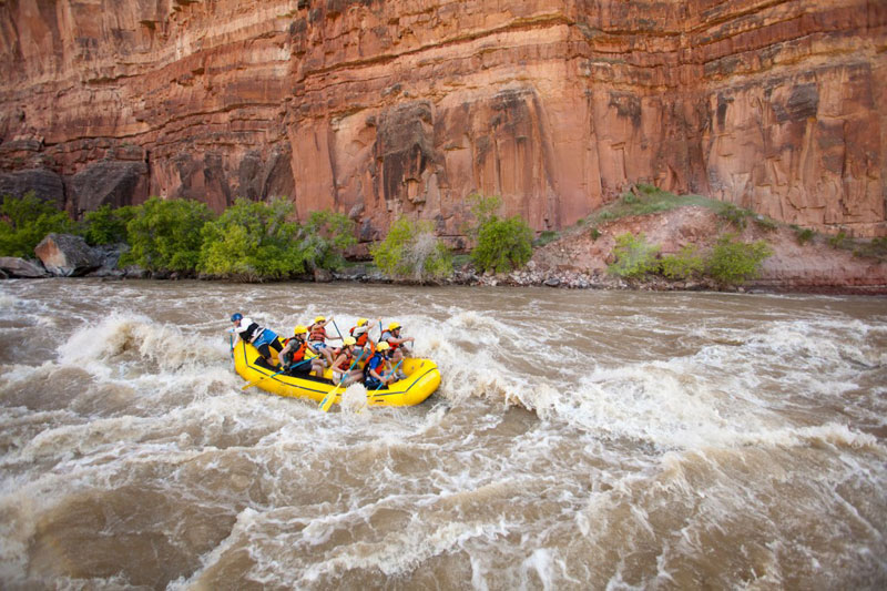 Famous Whitewater Rapids: Warms Springs on the Yampa