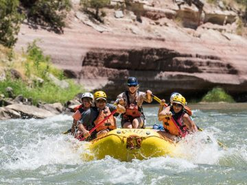 Green River rafting through the Gates of Lodore in Utah