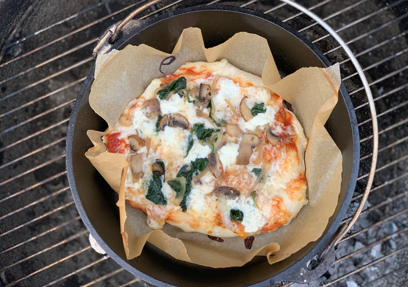 Dutch oven pizza camping