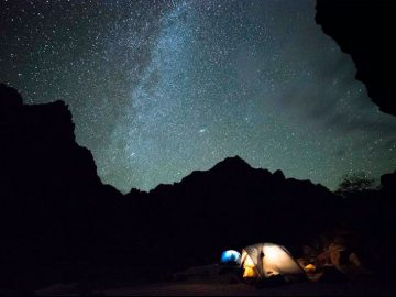 5 Reasons to Look Up on Your Next Rafting Trip