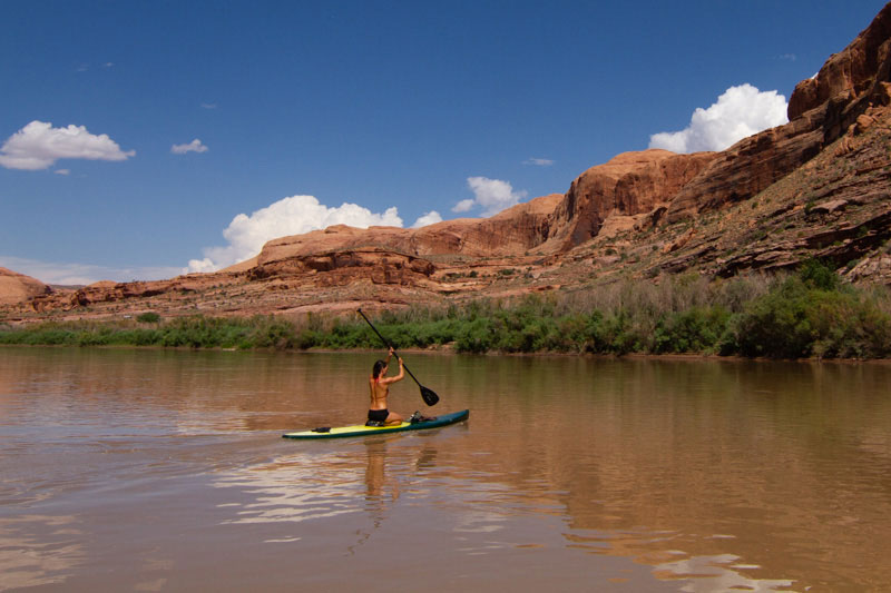 Learn How to Stand Up Paddleboard